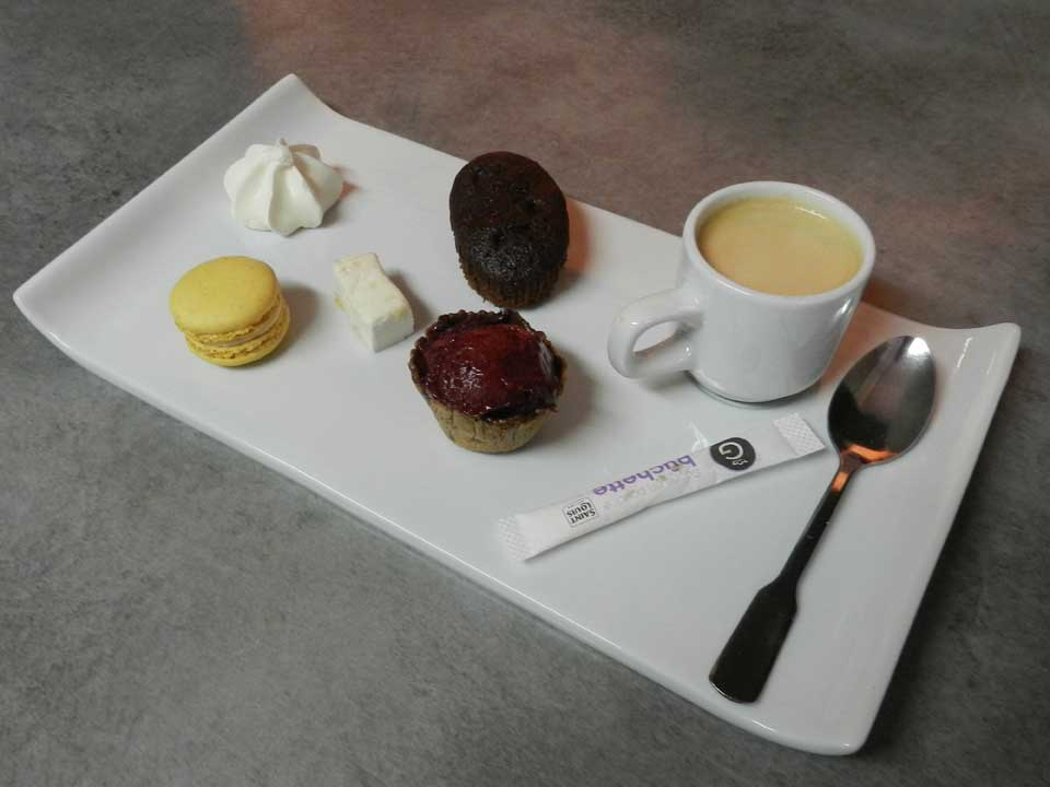 CAFE GOURMAND